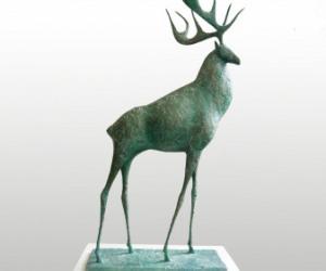 cerf-II-Bronze2018-83-x-24-x39-cm